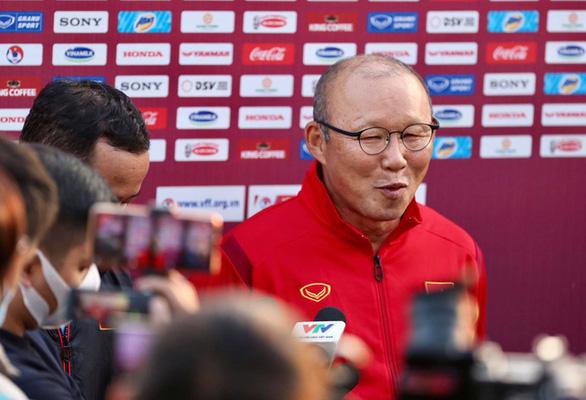 HLV Park Hang Seo: Văn Quyết xứng đáng được tập trung đội tuyển quốc gia - Ảnh 1.