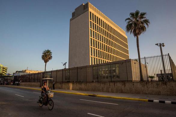 Viện Mỹ kết luận nguyên nhân gây bệnh lạ ở các nhà ngoại giao - Ảnh 1.