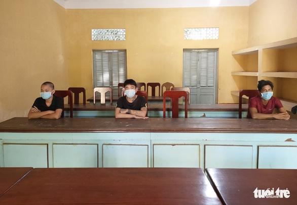 Phớt lờ COVID-19, hai lần đưa người từ Campuchia nhập cảnh trái phép vào Việt Nam - Ảnh 1.