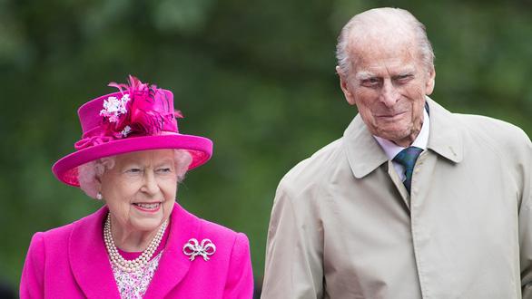 Chồng Nữ hoàng Anh qua đời - Ảnh 1.