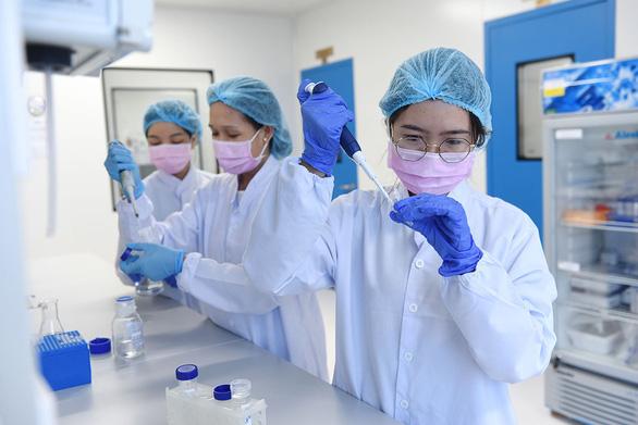 Vắcxin COVID-19 của Việt Nam: chuẩn bị thử nghiệm lâm sàng trên người - Ảnh 1.