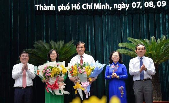 Bà Phan Thị Thắng và ông Lê Hòa Bình làm phó chủ tịch UBND TP.HCM - Ảnh 1.