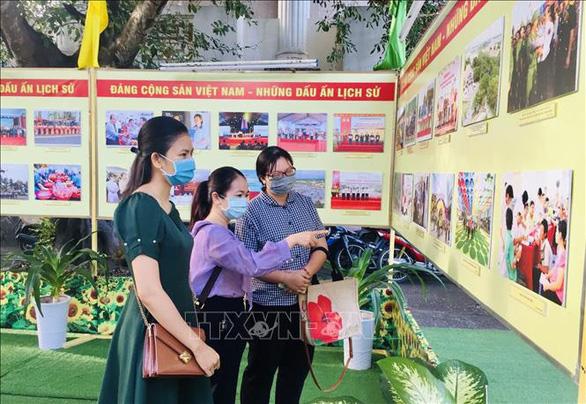 Khai mạc triển lãm ảnh Đảng Cộng sản Việt Nam - Những dấu ấn lịch sử - Ảnh 1.