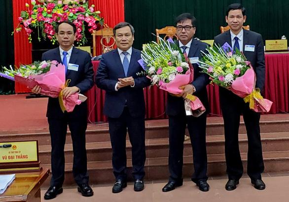 Quảng Bình có 3 tân phó chủ tịch UBND tỉnh - Ảnh 1.