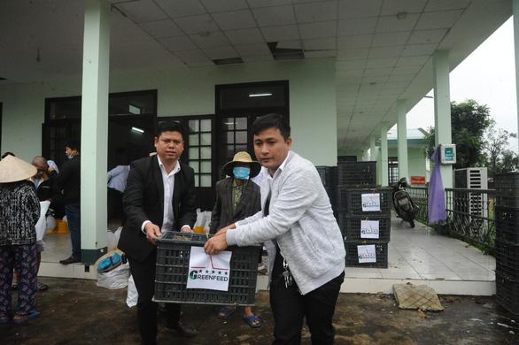 Trao sinh kế giúp người dân Quảng Nam vượt qua khó khăn sau bão lũ - Ảnh 4.