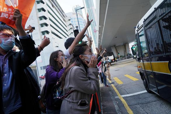 Mỹ - Trung so găng chuyện Hong Kong - Ảnh 1.