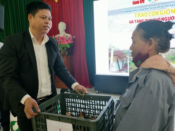 Trao sinh kế giúp người dân Quảng Nam vượt qua khó khăn sau bão lũ - Ảnh 1.