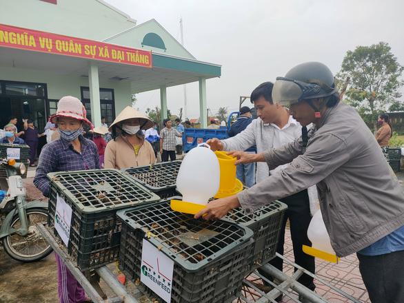 Trao sinh kế giúp người dân Quảng Nam vượt qua khó khăn sau bão lũ - Ảnh 6.