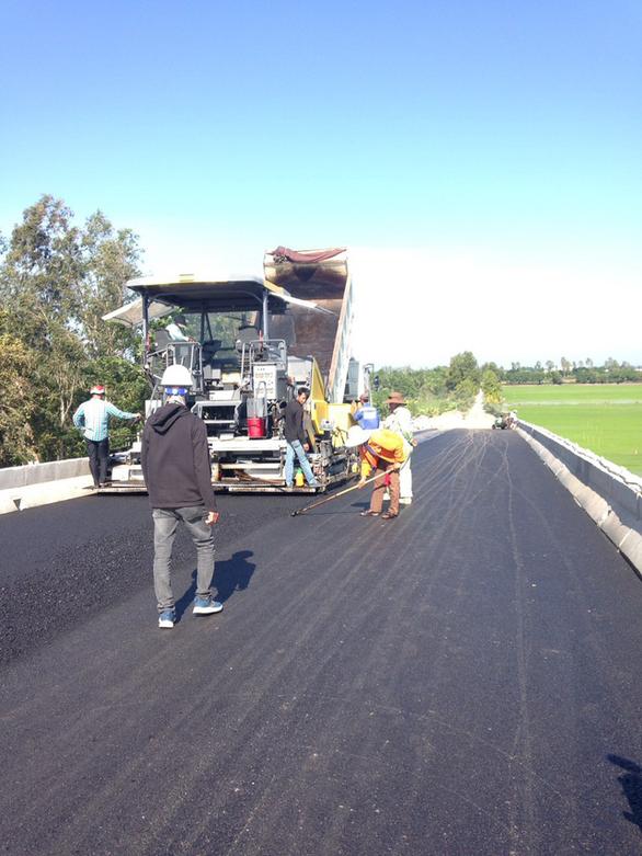 Cuối tháng 12 sẽ đưa vào sử dụng tuyến cao tốc Lộ Tẻ - Rạch Sỏi - Ảnh 2.