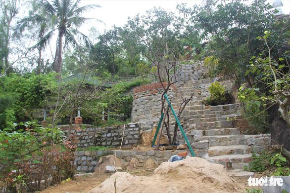 Nhà xây đồ sộ không phép trên đất lâm nghiệp ở Ghềnh Ráng nhưng địa phương không biết - Ảnh 6.