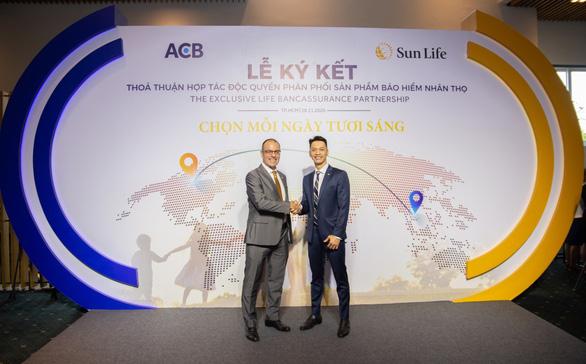 ACB và Sun Life hợp tác 15 năm - mở ra cơ hội lớn - Ảnh 1.