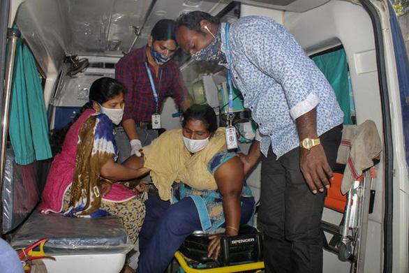 Xuất hiện bệnh bí ẩn khiến hơn 500 người Ấn Độ phải nhập viện - Ảnh 1.