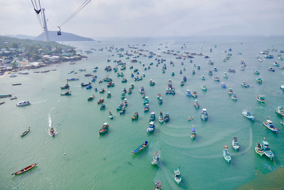 Phú Quốc chính thức là thành phố đảo đầu tiên của Việt Nam - Ảnh 1.