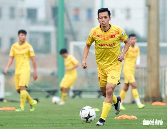 HLV Park Hang Seo muốn Văn Quyết cải thiện hai vấn đề - Ảnh 1.