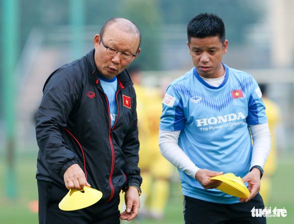 HLV Park Hang Seo muốn Văn Quyết cải thiện hai vấn đề - Ảnh 2.