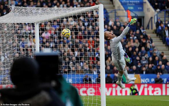 Chelsea và Leicester chia điểm sau màn rượt đuổi tỉ số hấp dẫn - Ảnh 4.