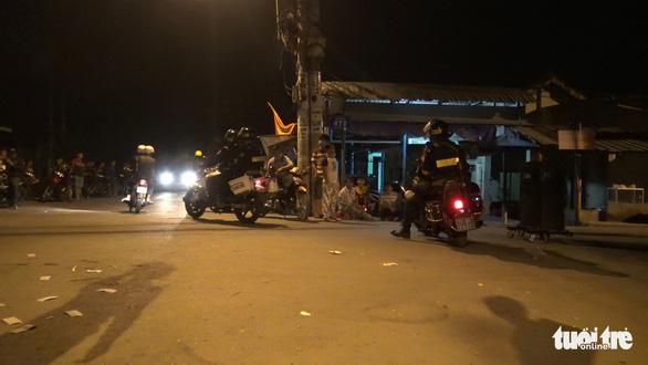 Công an Bình Phước phối hợp truy bắt nghi phạm bắn chết 4 người ở Củ Chi - Ảnh 1.