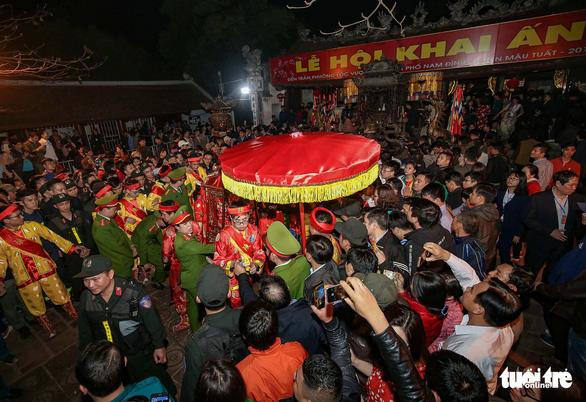 Khai ấn Đền Trần, lễ khai hội Xuân Tây Yên Tử, lễ hội Phết Hiền Quan thông báo dừng tổ chức - Ảnh 1.