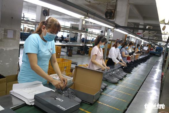 Đứt nguồn cung từ Trung Quốc, doanh nghiệp kêu cứu - Ảnh 2.