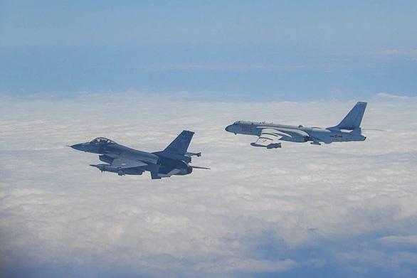 Đài Loan chặn chiến đấu cơ của Trung Quốc - Ảnh 1.
