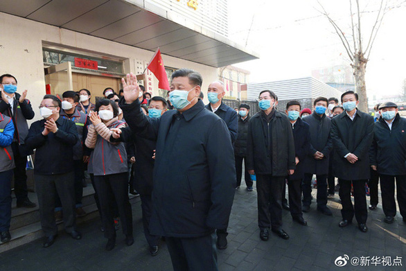 Chủ tịch Tập Cận Bình thị sát bệnh viện phòng chống corona ở Bắc Kinh - Ảnh 4.