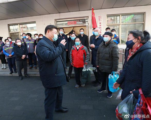 Chủ tịch Tập Cận Bình thị sát bệnh viện phòng chống corona ở Bắc Kinh - Ảnh 1.