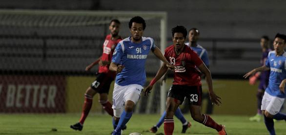Chỉ còn 10 người, Than Quảng Ninh thua đậm Bali United tại AFC Cup - Ảnh 1.