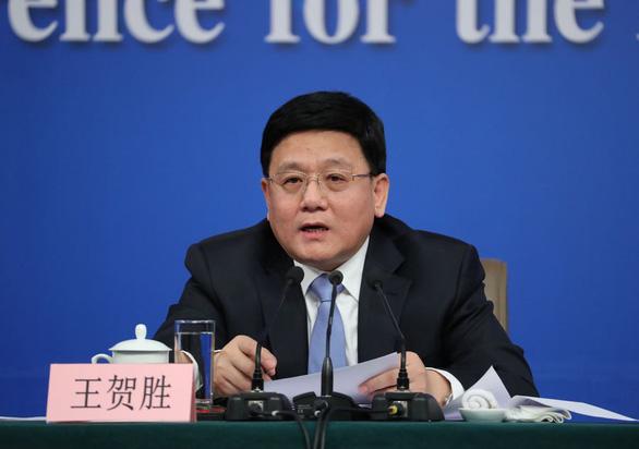 Trung Quốc sa thải hai quan chức Hồ Bắc do tắc trách trong chống dịch - Ảnh 1.
