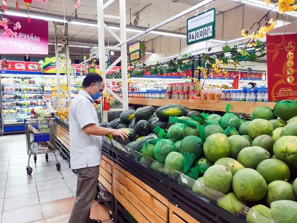 Saigon Co.op giảm giá mạnh để giải cứu nông sản - Ảnh 2.