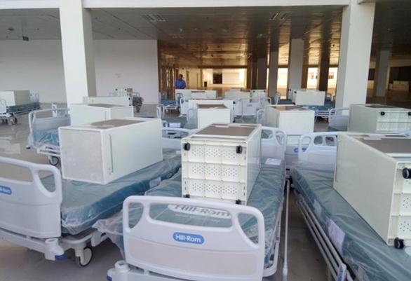 Nhiều bệnh viện đóng góp nguồn lực cho bệnh viện dã chiến TP.HCM - Ảnh 1.