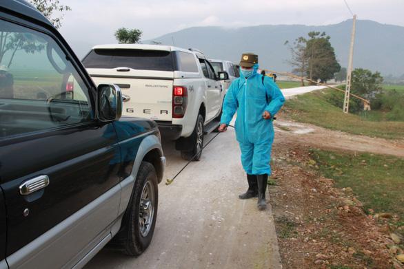 Đang tập trung phòng chống COVID-19, lại xuất hiện cúm A/H5N6 trên gia cầm - Ảnh 2.