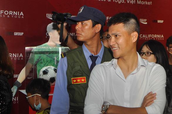 Công Vinh: 'Thể hình, thể lực cầu thủ Việt Nam bây giờ tốt nhiều so với  thời của tôi' - Ảnh 4.