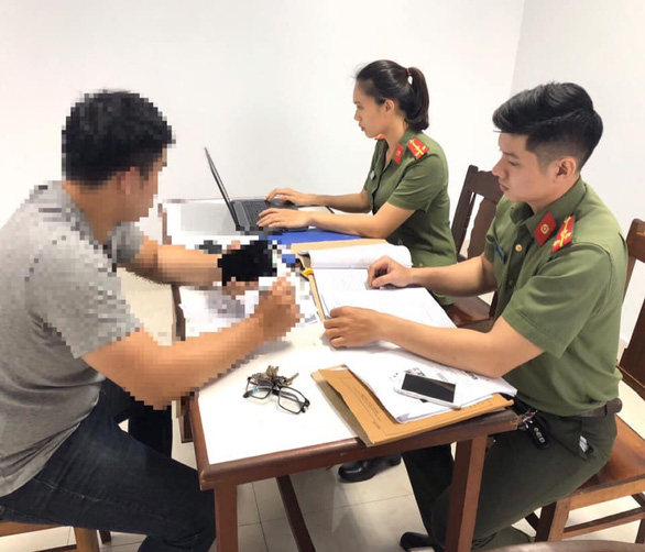 Câu view từ vụ người Trung Quốc giết đồng hương, quản trị viên fanpage bị xử lý - Ảnh 1.