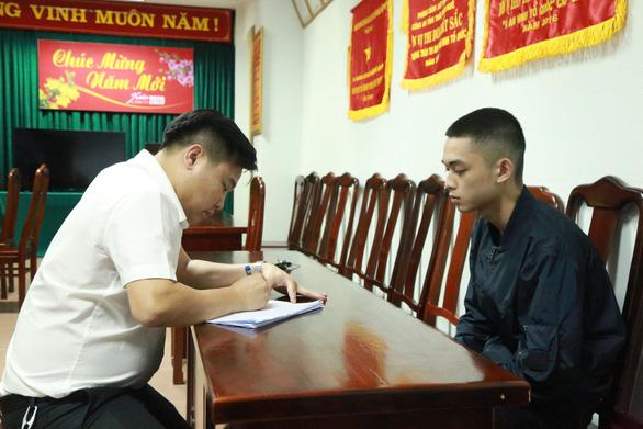 Nhóm cho vay nặng lãi từ Hà Nội vào Huế hoạt động tinh vi - Ảnh 1.