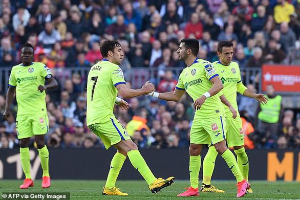 Messi 'tịt ngòi', Barcelona chật vật vượt qua Getafe - Ảnh 3.