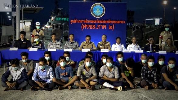 Thái Lan cách ly 21 ngư dân Việt Nam để xét nghiệm COVID-19 - Ảnh 1.