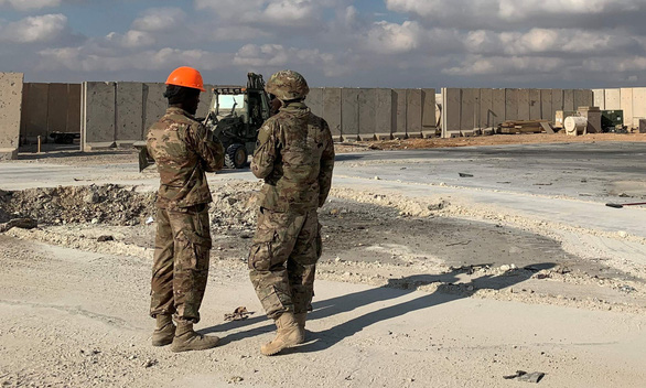 Tấn công bằng rocket gần đại sứ quán Mỹ ở Iraq - Ảnh 2.