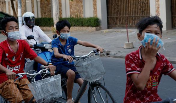 Nhật gửi viện trợ y tế giúp Campuchia chống dịch COVID-19 - Ảnh 1.
