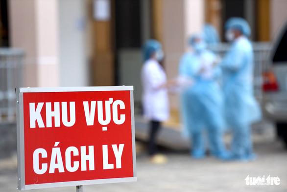 Người vào cách ly ở bệnh viện dã chiến Củ Chi tăng là bình thường - Ảnh 6.