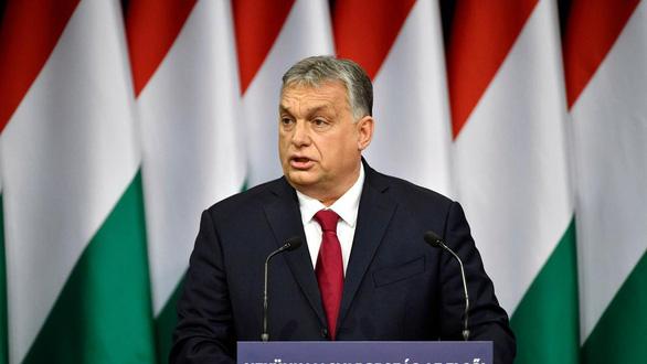 Mỗi em bé chào đời, Hungary trồng thêm 10 cây xanh để chống biến đổi khí hậu - Ảnh 1.