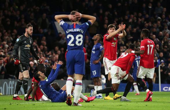 Hai lần bị VAR hủy bàn thắng, Chelsea nhận thất bại trước M.U - Ảnh 3.