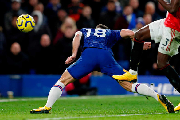 Hai lần bị VAR hủy bàn thắng, Chelsea nhận thất bại trước M.U - Ảnh 5.
