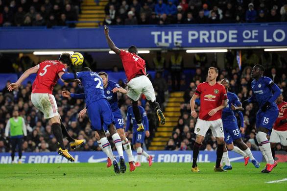 Hai lần bị VAR hủy bàn thắng, Chelsea nhận thất bại trước M.U - Ảnh 4.