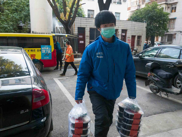 Chuyện giao hàng ở Vũ Hán giữa dịch bệnh: Đâu thể chỉ nghĩ cho mình - Ảnh 4.
