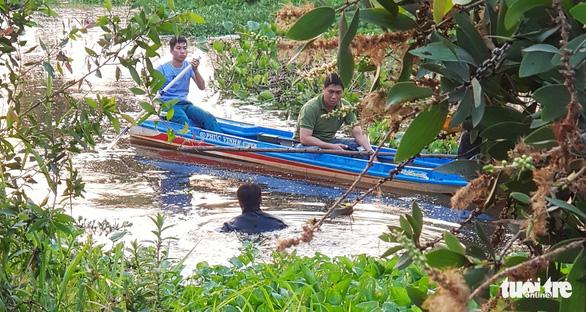 Vận động người dân hỗ trợ truy tìm hai xe máy liên quan vụ Tuấn khỉ - Ảnh 1.