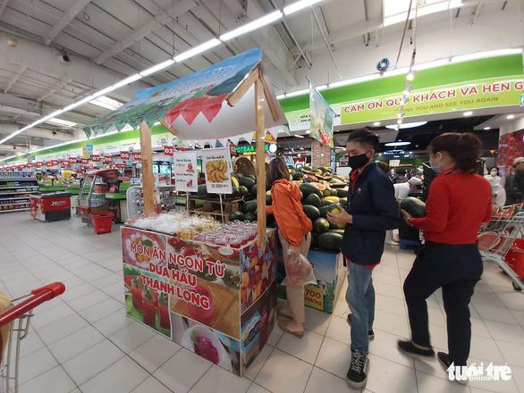 Bánh mì thanh long của BigC học công thức của thợ bánh Sài Gòn? - Ảnh 3.