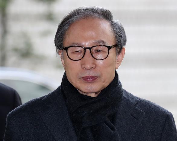 Cựu tổng thống Hàn Quốc bị tăng mức án tù vì không hối lỗi - Ảnh 1.