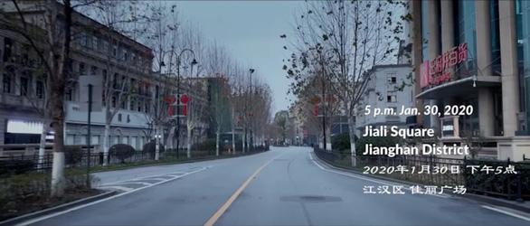 Phim tài liệu Đêm trường Vũ Hán gây bão mạng xã hội Trung Quốc - Ảnh 3.