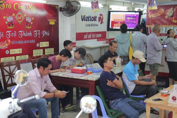 Những thống kê thú vị về việc trúng xổ số tại Việt Nam - Ảnh 1.