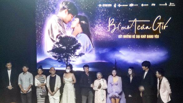 Phim hoãn chiếu, Bích Phương, Đan Trường hủy show vì nỗi sợ virus corona - Ảnh 1.